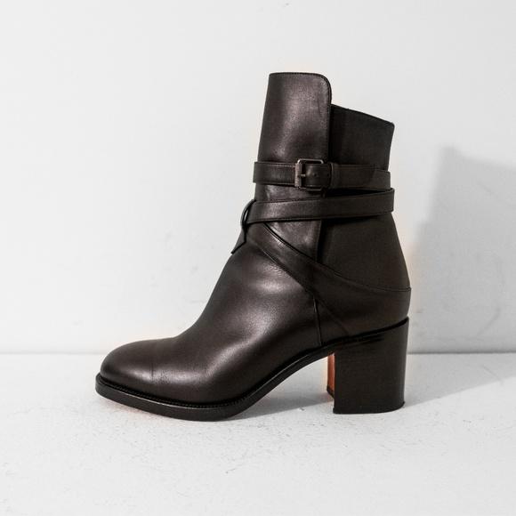 huge selection of eda4a d0ba5 Louboutin Karistrap Boots